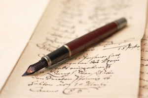 Vintage-ink-pen-and-cursive-writing
