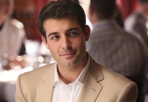 LONESTAR: Set against the sprawling backdrop of big Texas oil, Robert/Bob Allen (newcomer James Wolk) is a charismatic and brilliant schemer who has entangled himself in a deep, complex web from which he can't break free in LONESTAR premiering this fall on FOX. ©2010 Fox Broadcasting Co. CR: Bill Matlock/FOX